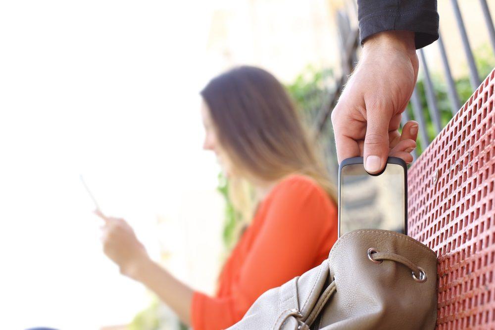 détecter un téléphone androïde volé